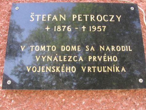 Pamatna-tabula-S.-Petroczyho