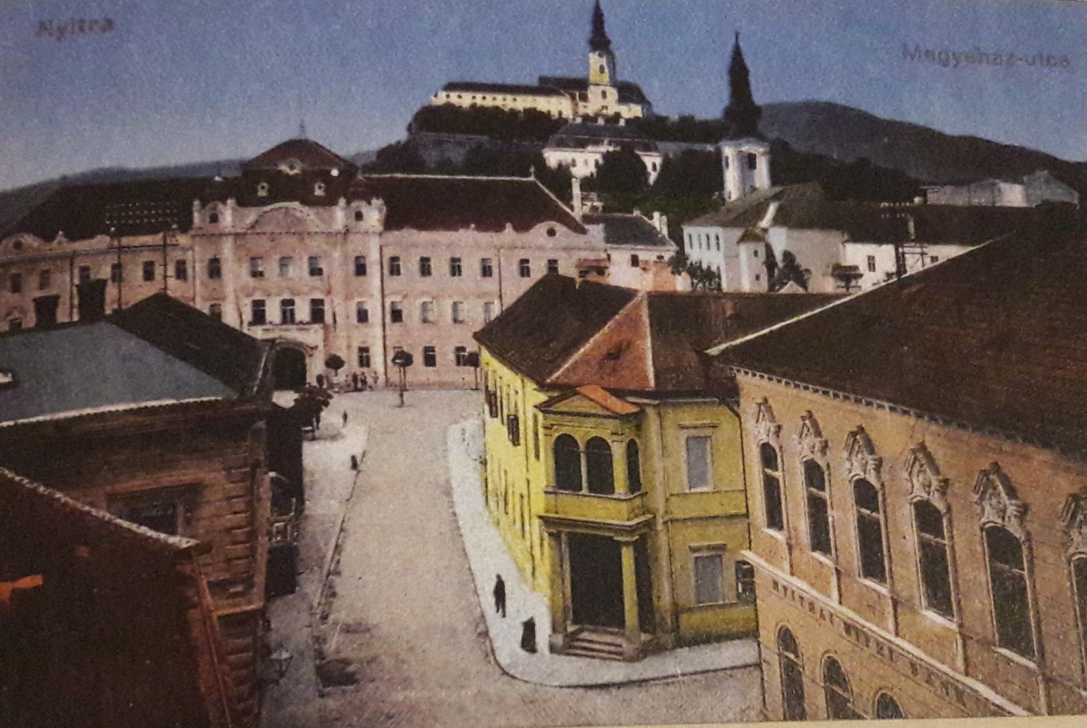 Farská_ulica_z_juhu_okolo_roku_1915