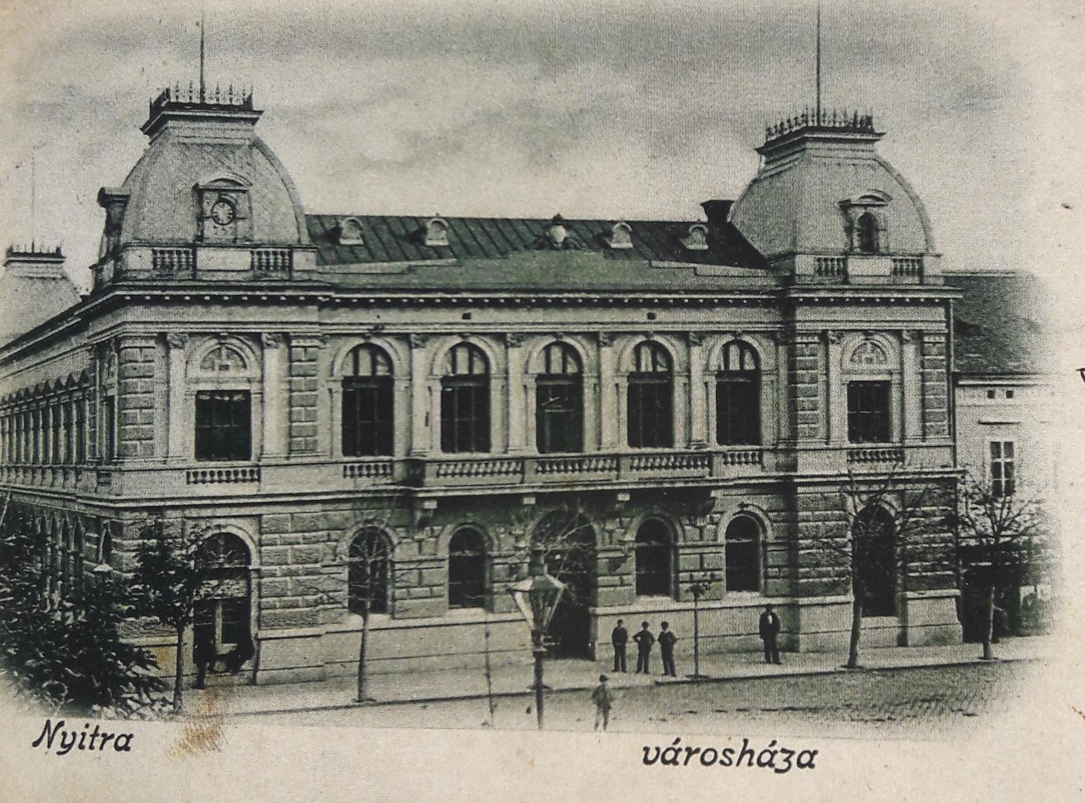 Mestský_dom_Nitra_v_roku_1900